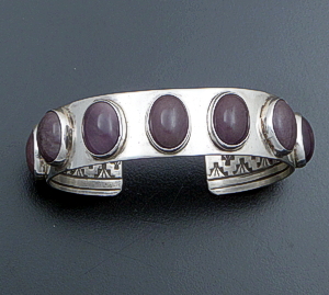 Navajo - Vintage Amethyst Cabochon & Sterling Silver Reverse Stamped Cuff Bracelet #36711A 400.00