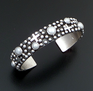 Ronnie Willie (Navajo) - Narrow Freshwater Pearl & Sterling Silver Beaded Four Corner Cuff Bracelet #38811 $325.00