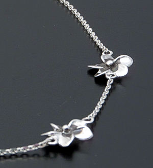 "Zina - 17"" Triple Hibiscus & Chain Sterling Silver Necklace #40877 $120.00"