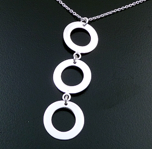 "18"" Triple Circle Sterling Silver Pendant & Chain Necklace #43268 $40.00"