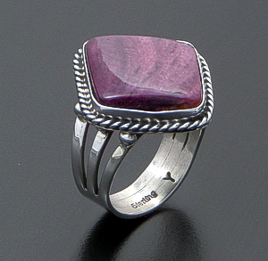 Linda Yazzie (Navajo) - Angular Purple Spiny Oyster Shell & Sterling Silver Ring #29156A Size 9 $110.00