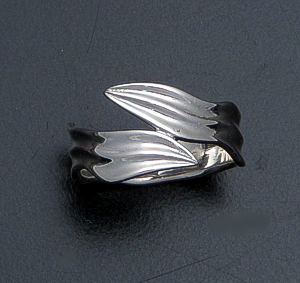 Zina - Sterling Silver Leaf Wrap Ring #40846 $90.00