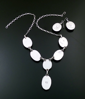 "Bette Lee (Navajo) - 20"" Oval Orange Shell & Stamped Sterling Silver Necklace & Earrings Set #43395 $850.00"